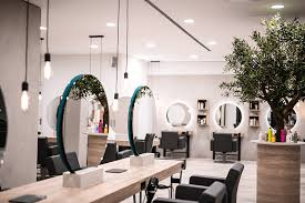 It was founded in 1947 by john seymour chaloner, a british army officer, and rudolf augstein. Friseureinrichtung Friseurspiegel Rund Mit Friseurstuhl Friseureinrichtung Einrichtung Design