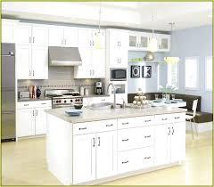 paint goes with white kitchen cabinets what