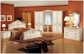 traditional bedroom furniture. Plain Bedroom Traditional Bedroom Furniture Set Ideas With