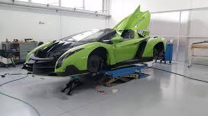 Green Lamborghini Veneno Roadster [1792x1008] : carporn