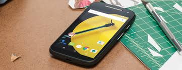 motorola phone 2017. motorola moto e (2nd gen, 2015): cheap all-rounder phone 2017 t