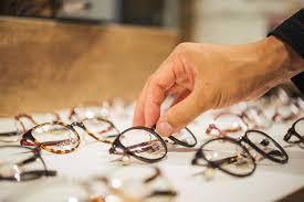 実践メガネフレームで叶えるイメージチェンジ Aigan Styleメガネ
