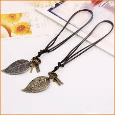 whole adjustable retro vintage big leaf leaves pendant necklace leather rope key pendant necklaces jewelry fashion accessory diamond necklaces