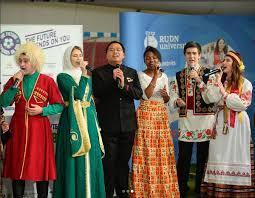 Все новости РУДН Росcийский университет дружбы народов Будущее зависит от нас или как студенты РУДН помогают воплощать футбольные мечты детей сирот со всего мира