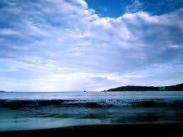 ゆんフリー写真素材集 No 282 夏の空に響く波 日本 静岡