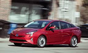 2016 Toyota Prius Four Touring Test – Review – Car and Driver