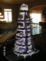 Bridal Cakes By Yvonne