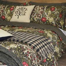 william morris seaweed bedding seaweed design detail seaweed head of bed seaweed bedding