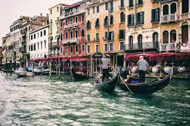 عدد سكان مدينة البندقية - المسافرون الى اوروبا