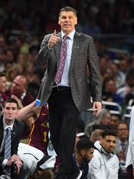 Will Loyola Chicago coach Porter Moser after magical Final Four run?