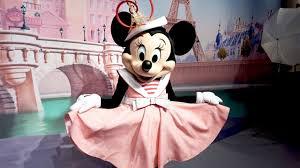 NEW Parisian <b>Minnie Mouse</b> Meet and Greet at <b>Disneyland</b> Paris ...