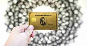 Part of the amex appeal to customers is the enhanced benefits that come associated with each card. Comparing The Amex Gold And Amex Green Credit Cards The Points Guy