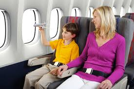 Kinh nghiệm khi đi máy bay lần đầu Images?q=tbn:ANd9GcT4J_yKGFhJveu9x1JsjzY849zvoLlK-k-qG8H3HOjgMDUA83dO9Q