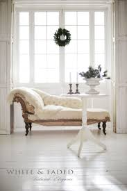 Bedroom Chaise Lounge Chair 17 Best Ideas About Chaise Lounge Chairs On Pinterest Bedroom