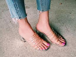 夏のレディースサンダルコーデ人気ブランドの種類と履きこなし2019 Suwai