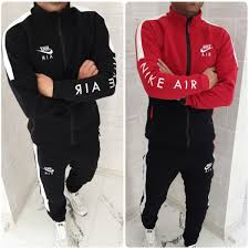 Designer Sweatsuits 2019 2020 Men Designer Tracksuits Cardigan Jackets Hooded Hoodies Long Pants Sweatsuits Casual Active Print Suits Mens Clothing L0729 From Bosslala