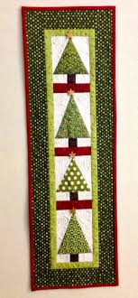 Free Holiday Quilt Patterns - Holiday Wall Hanging Patterns ... & christmas quilted wall hanging patterns - More DIY Ideas Adamdwight.com