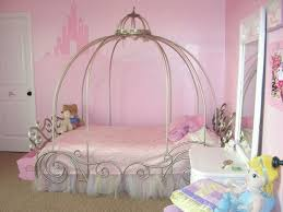 Pink And Silver Bedroom Furniture Silver Steel Canopy Beds With Crown Shaped And Pink