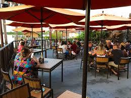 disney s polynesian village resort trader sam s tiki terrace review