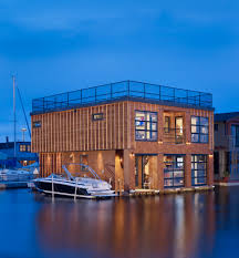 Uncharted Waters: Architects Experiment with Floating Houses ...
