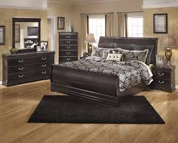 Esmeralda Bedroom Set