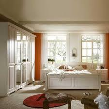 Schlafzimmer Mit Bett 200x200 Aus Massivholz In Weiß Kufstein 4