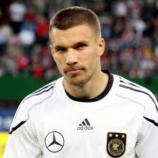 He plays as a striker for bayern munich and for the german national football. Datei Lukas Podolski Germany National Football Team 06 Jpg Wikipedia