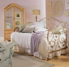 Master Bedroom Accessories Luxury Vintage Apartment Master Bedroom With Black And White Theme