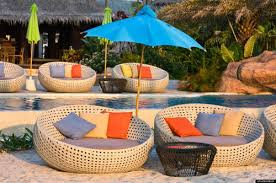 swimming pool day rattan bed