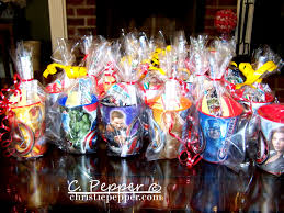 Avengers Party Decorations 17 Best Ideas About Avenger Party On Pinterest Avenger Birthday