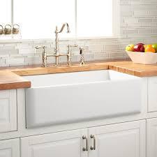 Kitchens With Farmhouse Sinks 33 Grigham Reversible Farmhouse Sink White Kitchen