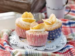 Rspca Assured Lemon Curd Filled Butterfly Cakes