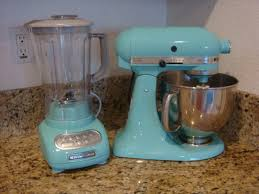 i just received my new blender yesterday i am completely in love with this color both pieces are from the kitchen aid martha stewart collection