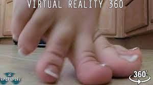 Giantess Feet Crush Tiny