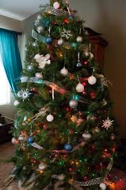 Tips for Decorating Your Christmas Tree - A Mom's Take