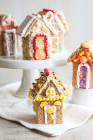 creative graham cracker gingerbread house. Contemporary Creative Mini Graham Cracker Houses In Creative Graham Cracker Gingerbread House A
