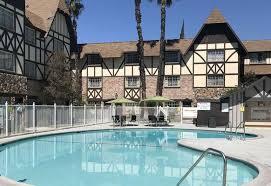 anaheim majestic garden hotel anaheim pool
