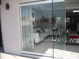 pictures of frameless sliding glass door