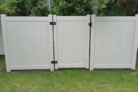 Vinyl Privacy Fences Northland Fence Highest Most Reviewed