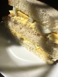 Egg Salad Sandwich On White Bread Directions Calories Nutrition