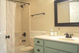 Inexpensive Bathroom Makeover Ideas - Inspiration Bathroom