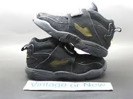 Don't decrease your value by associating with bottom tier people. Nike Air Diamond Turf 09 Black Purple White Gold 2010 Td Deion Sanders Sz 9 5c Ebay