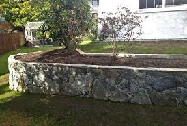 blasted rock stone retaining wall39