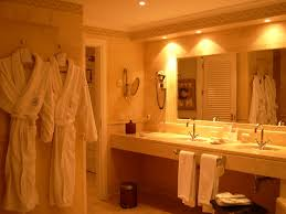 tips of choosing and installing bathroom vanity lights bathroom vanity lighting tips