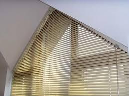 Changing CurtainsBlinds Triangular Windows