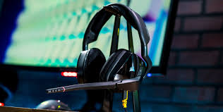 Review: Corsair Void Pro RGB Gaming Headset   GameCrate