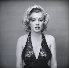 photography and everyday life in america essay  marilyn monroe actress new york city