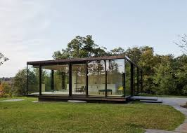 View in gallery Glass retreat by Desai Chia Arthitecture