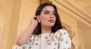 روان بن حسين تفجع بوفاة والدتها