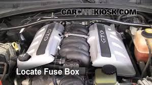replace a fuse 2008 2009 pontiac g8 2009 pontiac g8 gt 6 0l v8 2008 Pontiac G8 V6 at 2008 Pontiac G8 Fuse Box